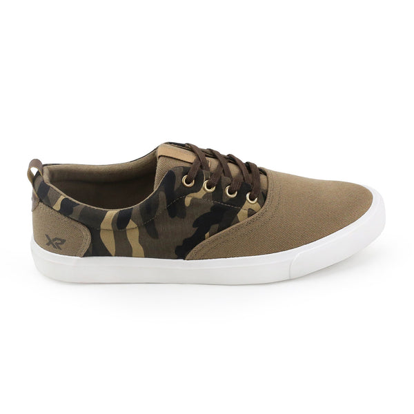 Men's Camo Low-top Sneaker