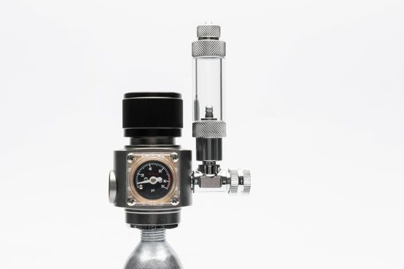 UNS Mini Dual Stage CO2 Regulator with Solenoid