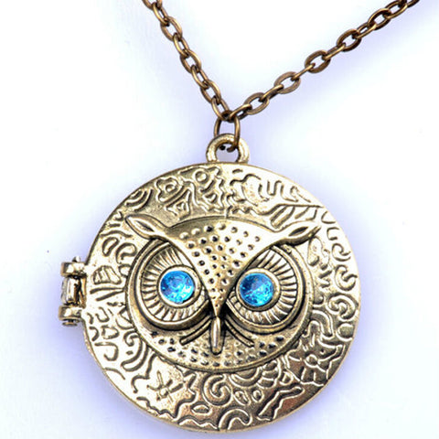Retro Chic Owl Bronze Pendant Necklace