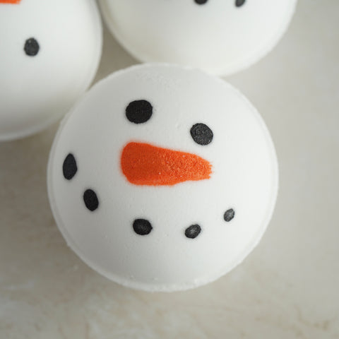 Frosty Vegan Bath Bomb - Hand-painted, Marshmallow Scented
