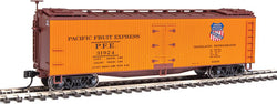 Walthers Mainline 910-41215 HO 40' Early Wood Reefer Car, PFE, 31924