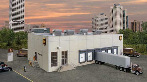 Walthers 933-4110 HO, UPS Hub with Customer Center