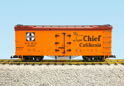 USA Trains R16047A G, 40 Foot Wood Refrigerator Car, Santa Fe, Super Chief, 25626