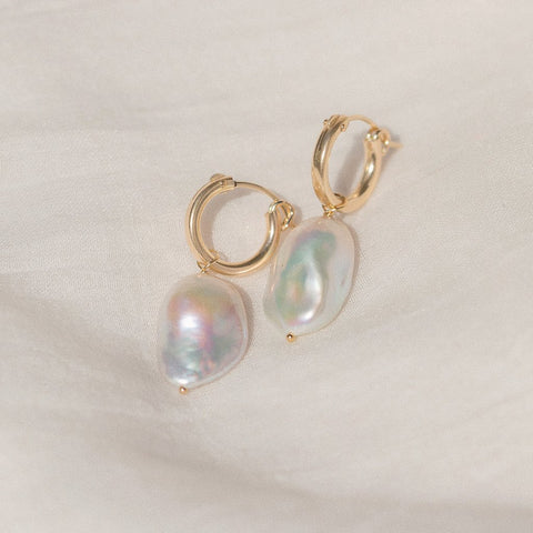 Amelia Hoops | Pearl - She's Unique Jewelry