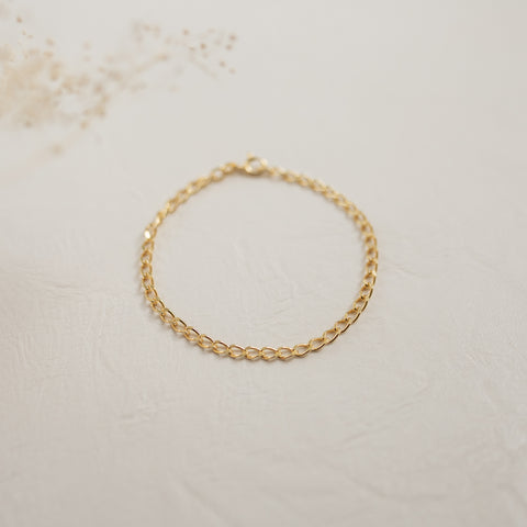 Curb Chain Bracelet | Small - She's Unique Jewelry