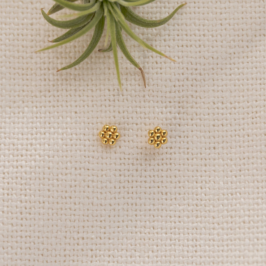 Beaded Flower Stud Earrings - She's Unique Jewelry