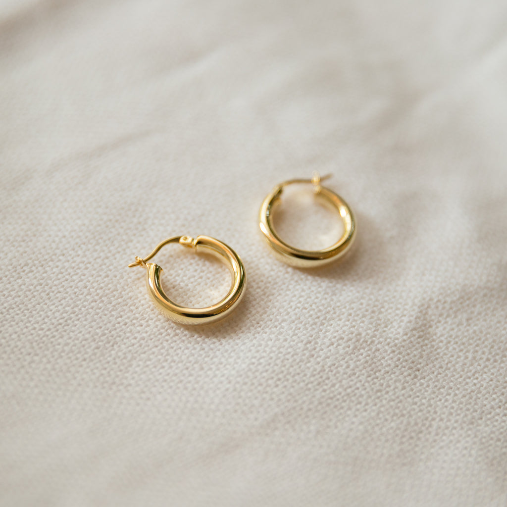 Classic Hoop Earrings | Medium - She's Unique Jewelry