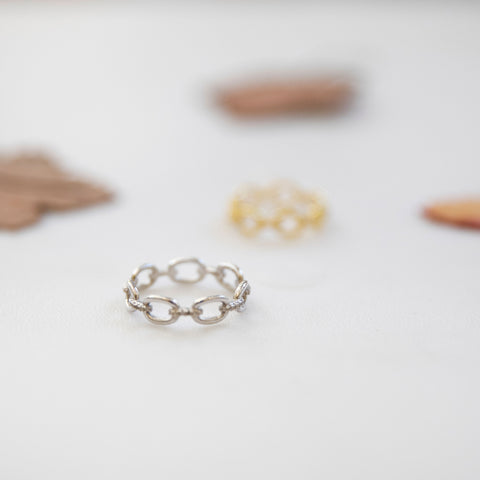 Chain Link Ring - She's Unique Jewelry