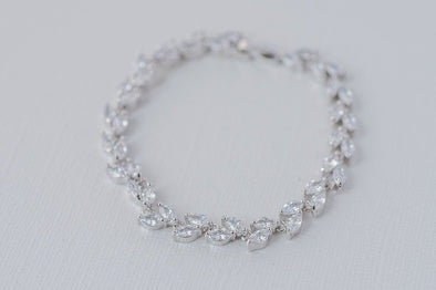 Leaf Cubic Zirconia Bracelet Silver or Rose Gold