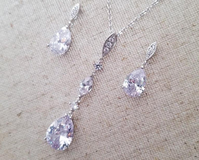 Bella Teardrop Cubic Zirconia Necklace