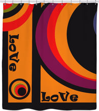 Love goes round in circles - Shower Curtain