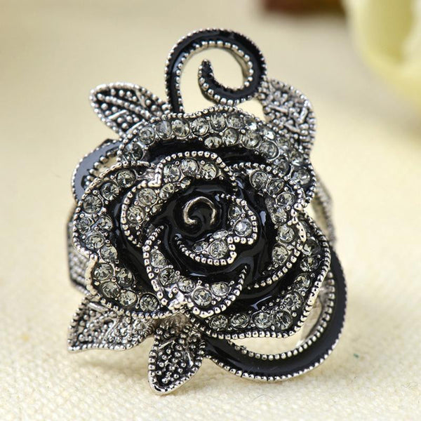 2017 Gothic Rhinestone Rose Ring