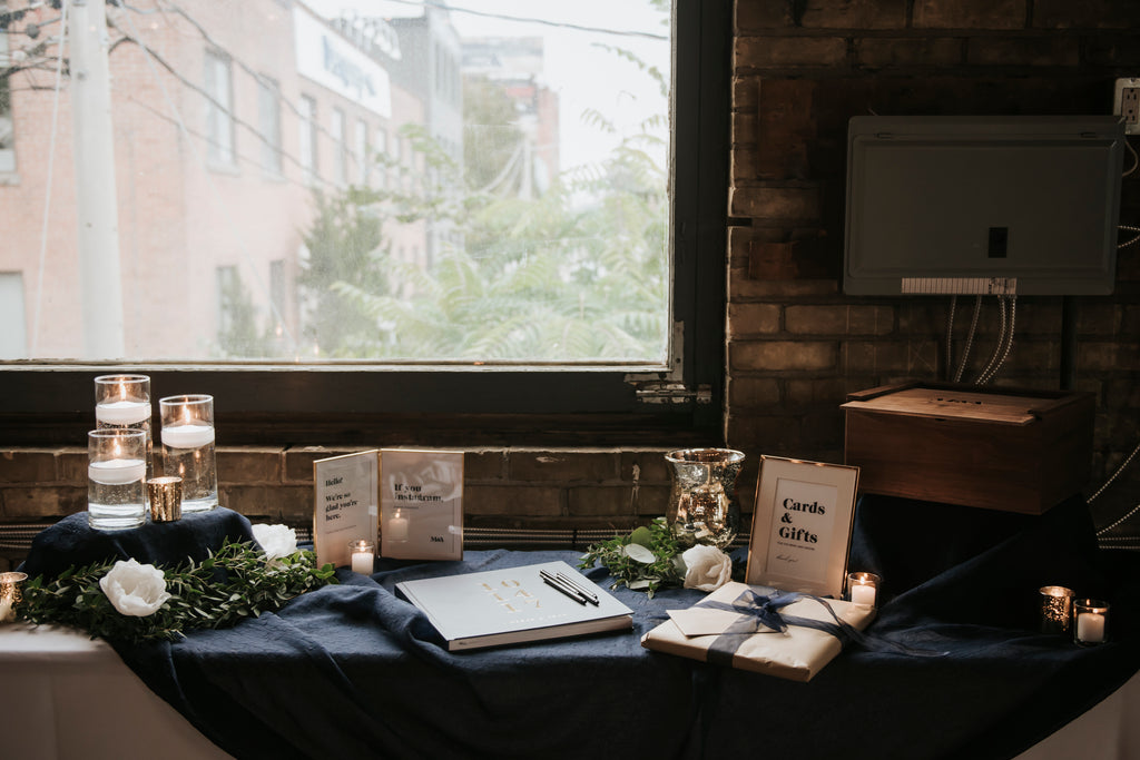 Fox Photography - Megan and Adam - Gift Table