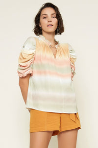 Ombre Print Top w Puff SLeeve