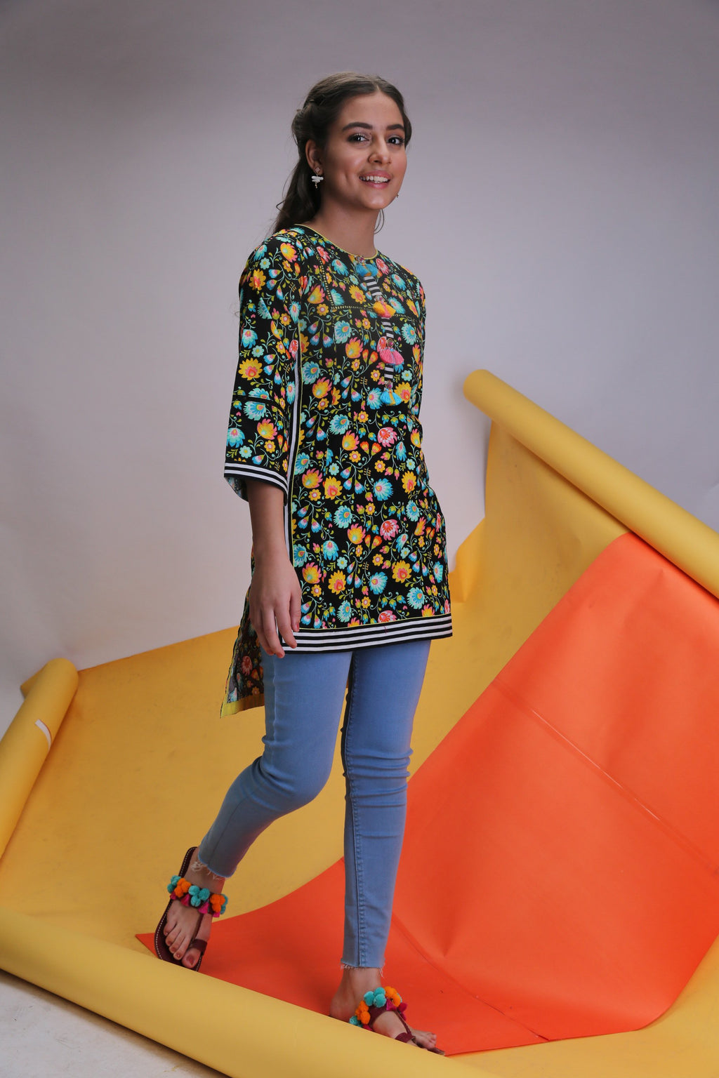 Girls Casual Kurta | Cotton Cambric Print | Black | GAA-01482