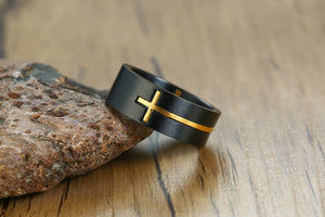 Curved Cross Tungsten Ring