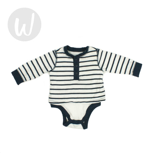 Old Navy Baby Bodysuit Size 3-6 mo