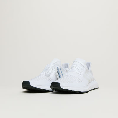 Adidas Swift Run (White/White)