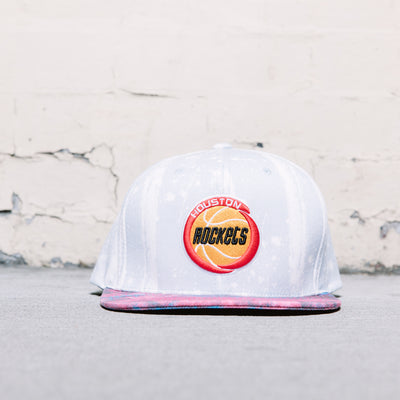 Mitchell & Ness Paint Splatter Snapback (Rockets)