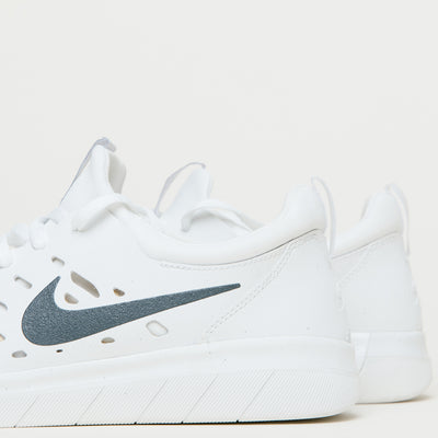 Nike SB Nyjah Free (Summit White/Anthracite)