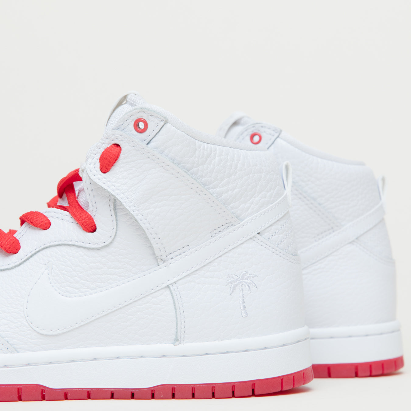 eb05c6c22464 ... uk nike sb zoom dunk high pro qs white white university red blanc b1e0e  11dc4