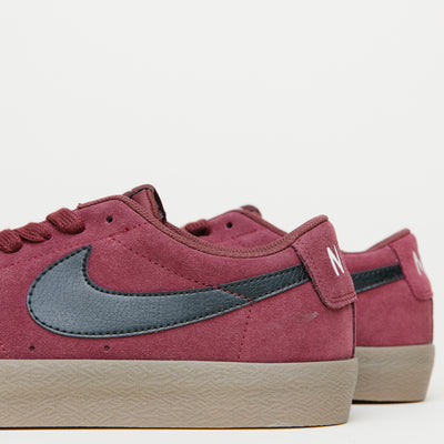 Nike SB Blazer Low XT (Dark Team Red/Black-Gum Light Brown-Sail) $40.00
