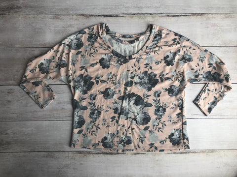 Peach & Gray Floral Dolman Sleeve Top