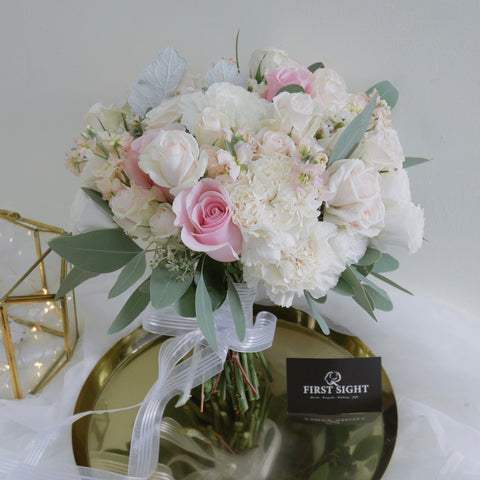 First Sight SG Wedding bridal bouquet