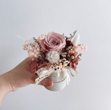 Everlasting Love (Mini Bloom Box - Earl Grey) - First Sight Singapore: Best Florist in SG