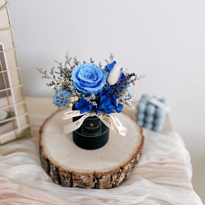Everlasting Love (Mini Bloom Box - Blue) - First Sight Singapore: Best Florist in SG