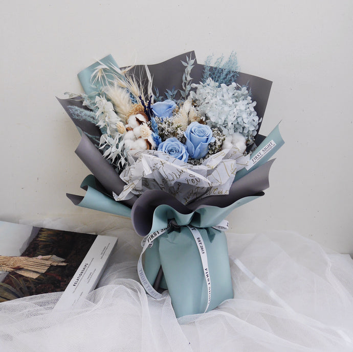 Everlasting Love (Deluxe Hydrangea - Sea Breeze) - First Sight Singapore: Best Florist in SG