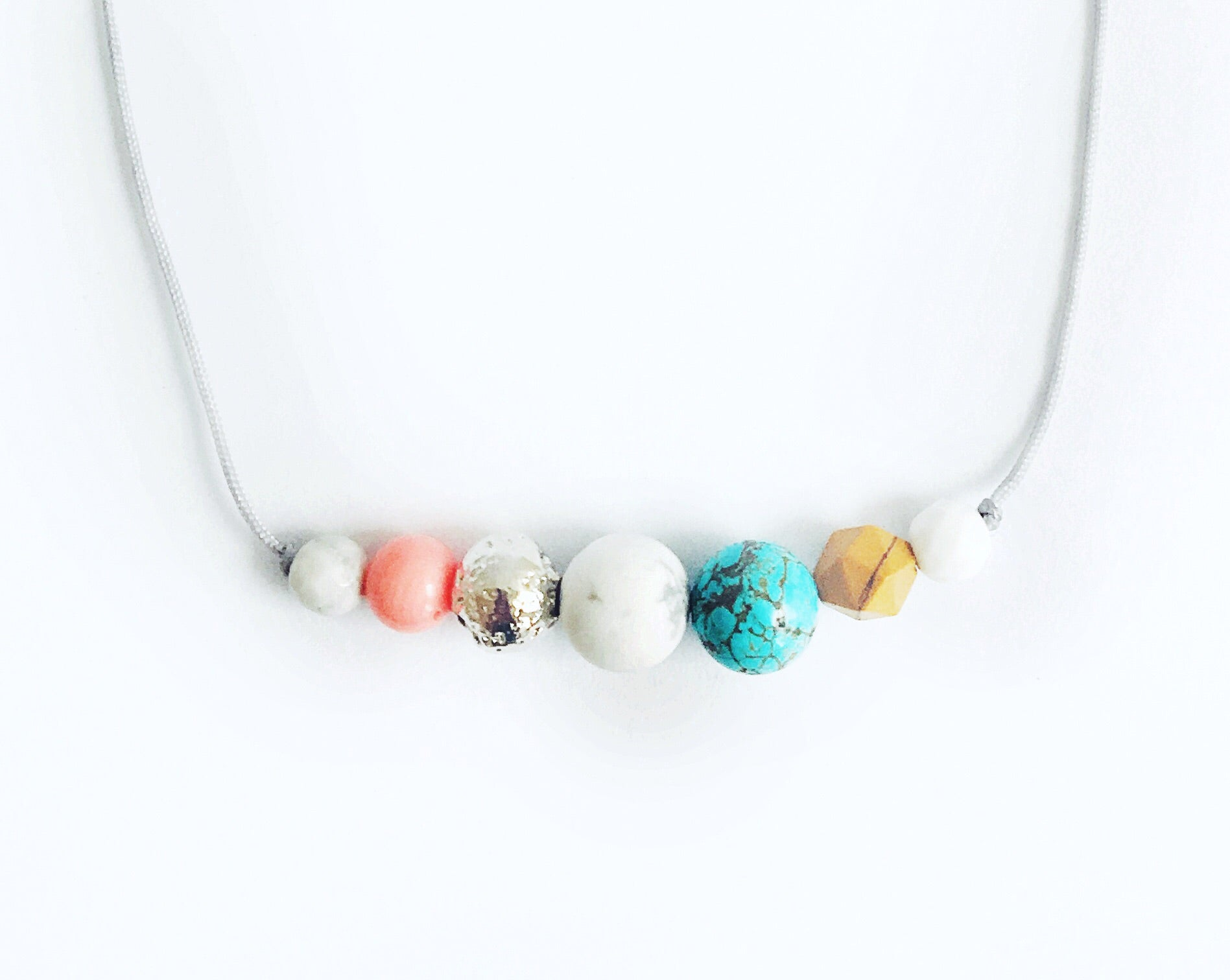 """Surf's Up"" Adjustable Demi Diffuser Necklace"