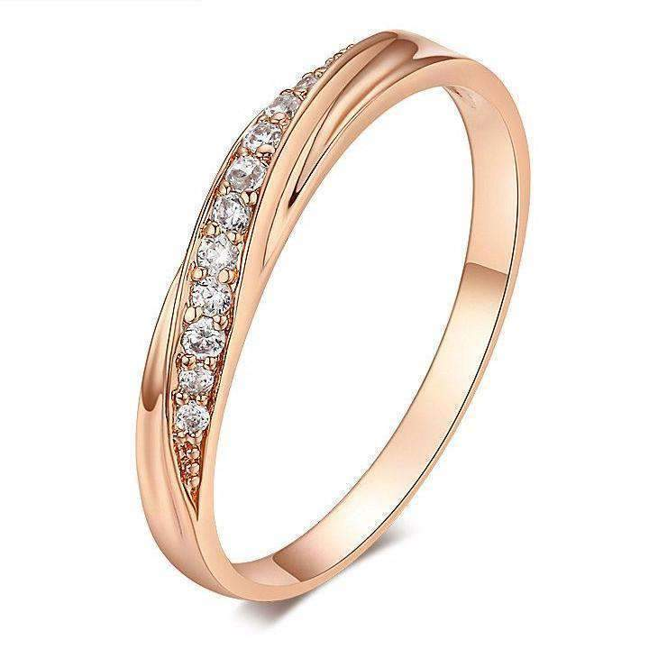 Trendy Ring With Cubic Zirconia Silver Jewellery For Women