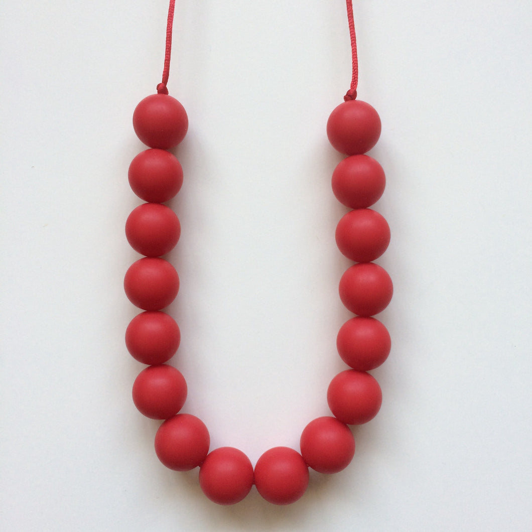 Jambu Beads non-toxic silicone jewellery & teething accessories - Poppy Necklace (Red)