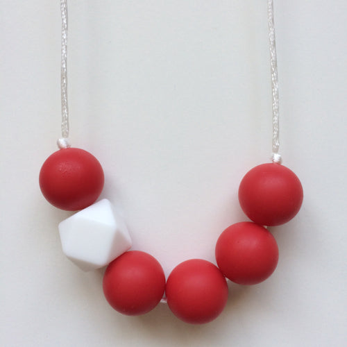 Jambu Beads non-toxic silicone jewellery & teething accessories - JoJo Necklace (Red)