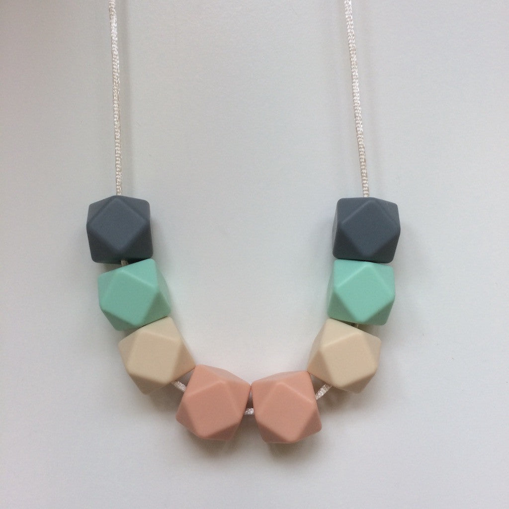 Jambu beads non-toxic silicone jewellery & teething accessories - Avalon Necklace
