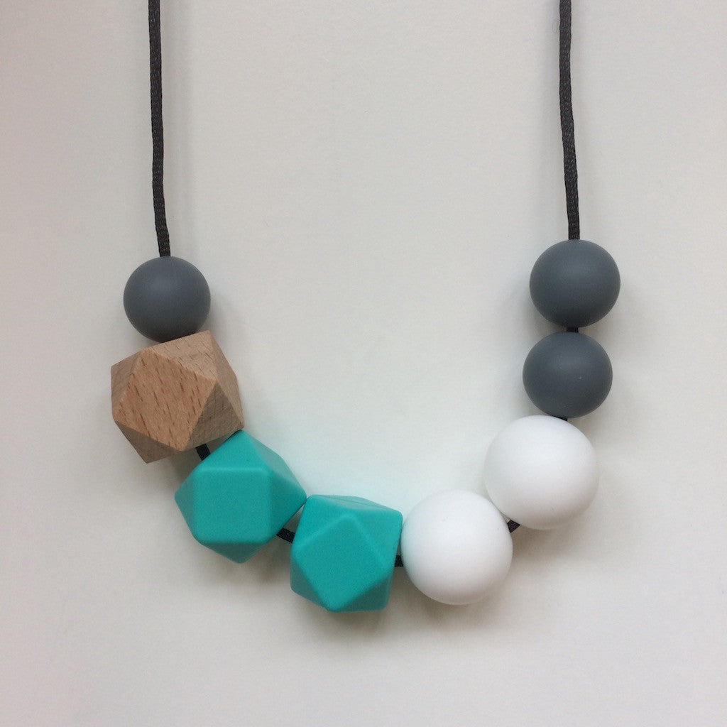 Jambu beads non-toxic silicone jewellery & teething accessories - Portia Necklace in Turquoise