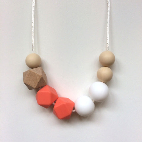 Jambu beads non-toxic silicone jewellery & teething accessories - Portia Necklace in Coral