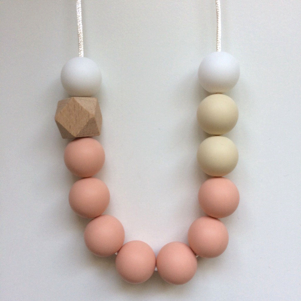 Jambu beads non-toxic silicone jewellery & teething accessories - Tamora Necklace in Blush