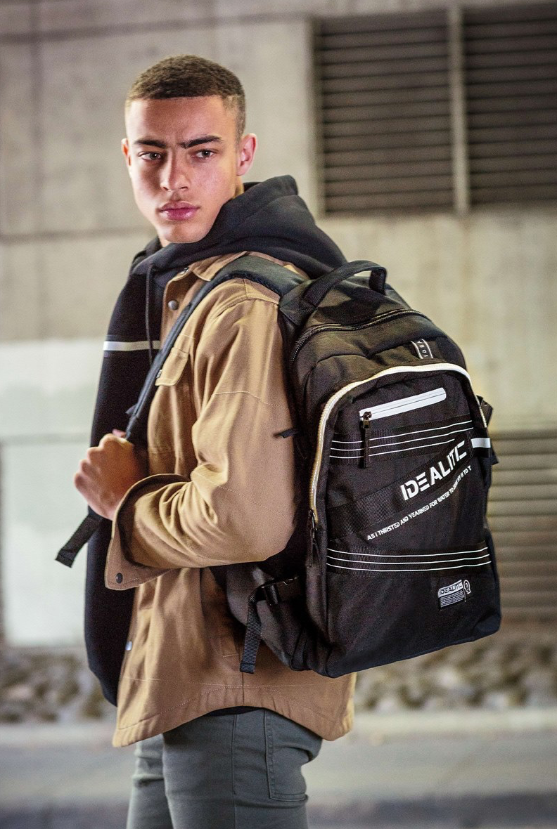 M5 Backpack in Black