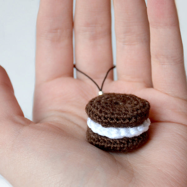 Crochet a Cookie Key Fob!