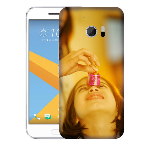 Create your customized case for the HTC 10 by adding photos, text. Printing is High Definition scratch resistant. Products are shipped within 48 hours. Personalized Cases for HTC 10