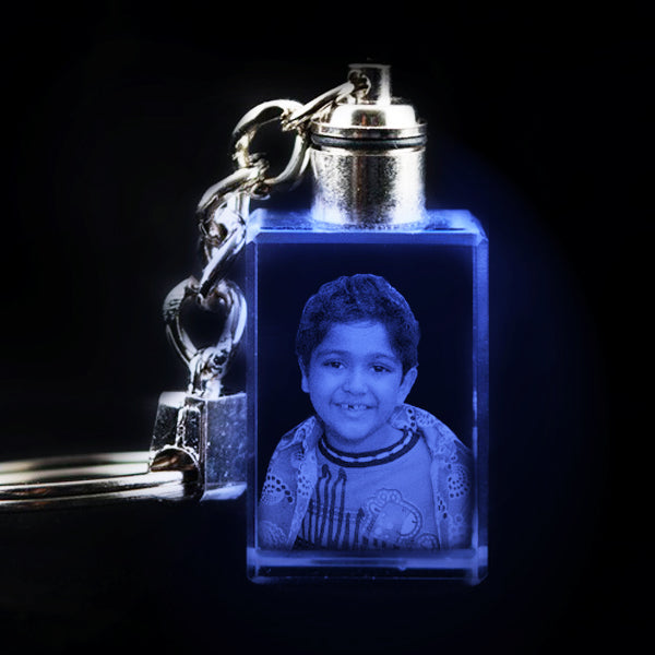 3D crystal cubes, Light crystal keychain, LED crystal key chain, Photo keyrings, personalized keychains. Send personalized photo crystal keychains to India at Zestpics