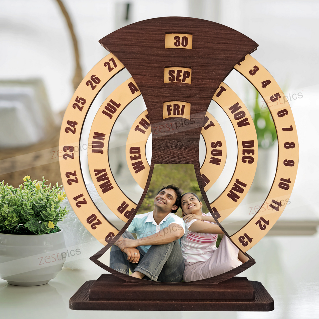 Wooden Perpetual Photo Calendar | Personalised Calendar | Zestpics