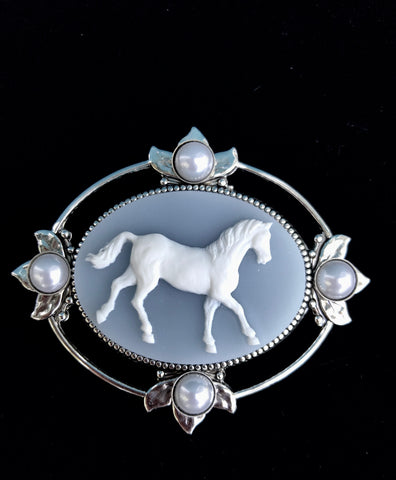 Horse Brooch or Pendant - Horse Jewelry - Cameo