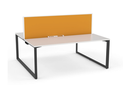 OVO 2 to 3 person Straight desk system