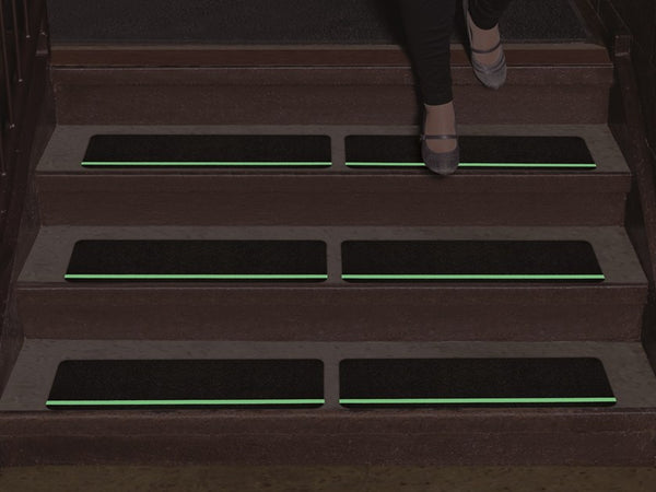 84613 Glow In The Dark Stripe Anti Slip Stair Treads
