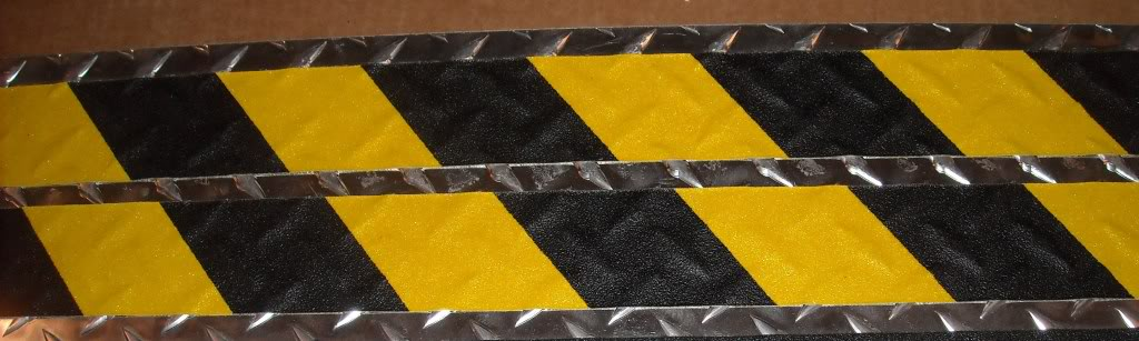 "4"" X 60' Roll Conformable Abrasive Non-Skid BLACK & YELLOW - Special Order"