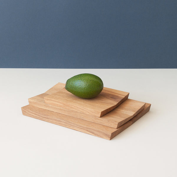 Minumo modern wooden cutting and serving board estonian design