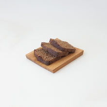 Load image into Gallery viewer, www.minumo.com Minumo small serving board from oak for tapas and bread cheese plate